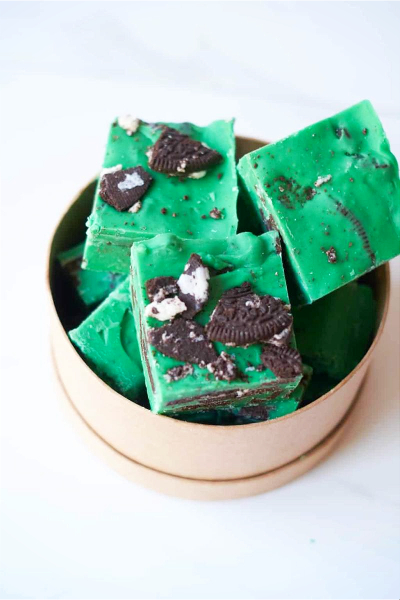 Bowl of Mint Oreo Fudge