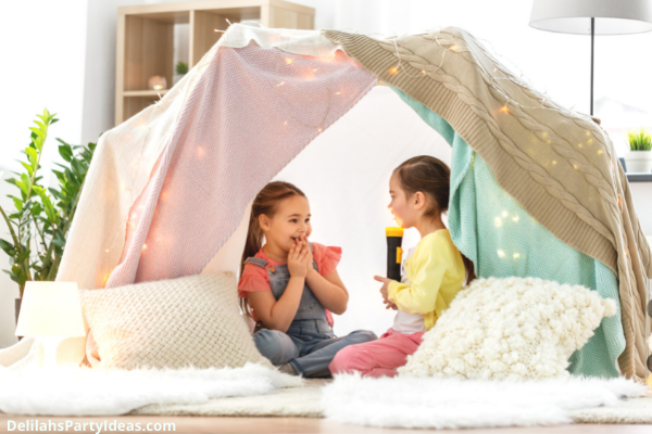 Blanket tent for camping party