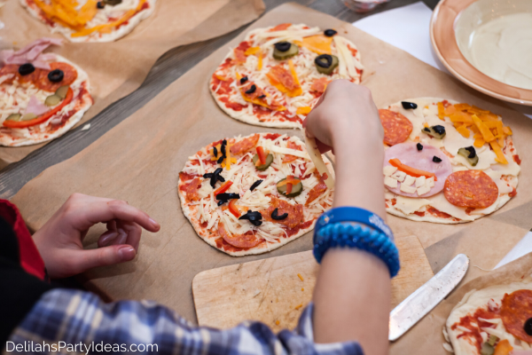 Kids Pizza Making Party